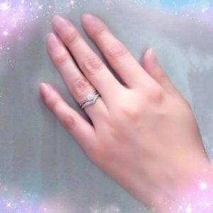 V字タイプ ダイヤモンドエンゲージリング