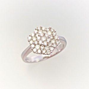ダイヤモンドでダイヤモンドを石留