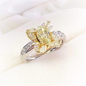 プラチナとゴールドのコンビのダイヤモンドリング