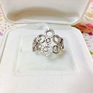 サークルモチーフのダイヤモンドリング