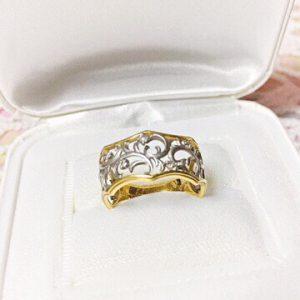 ダイヤモンドがキラキラ