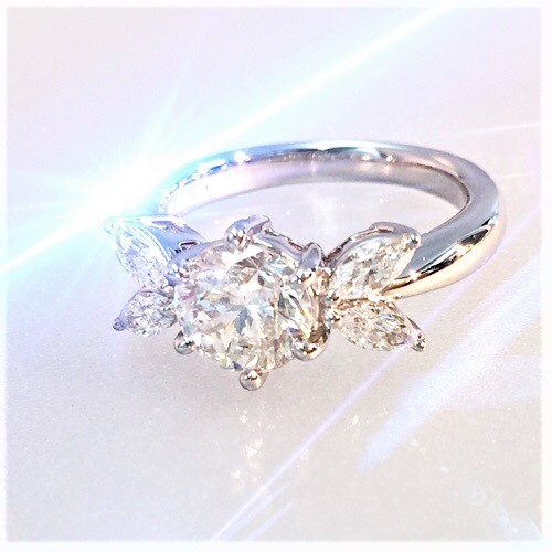 ダイヤモンドエンゲージリング プラチナ