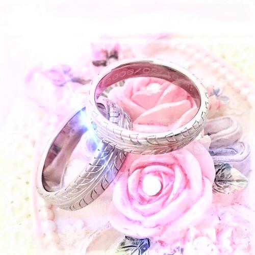 タイヤ模様のオリジナル純チタン結婚指輪