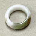 小さいサイズの翡翠リング
