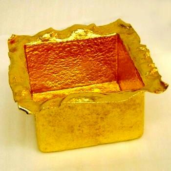 オーダーメイド 純金方形器 岡田彫金工房