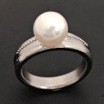 チタン真珠指輪
